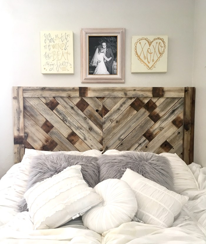 DIY Headboard | DIY Pallet project | Pallet Headboard | Pallet Wood Headboard | Pallet Furniture | Pallet Projects | Pallet Bed | Pallet Ideas | Rustic Headboard | Herringbone Pallet | Herringbone Heaboard | Six Clever Sisters