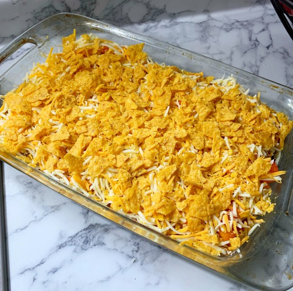 7-Layer Turkey Taco Bake | One Dish Meal | Family | Easy Dinner | Kid Friendly Dinner | Quick Meal | Taco | Taco Dinner | Taco Casserole | Tacos | Easy Dinner Recipes | Mom | Meal Planning | Six Clever Sisters