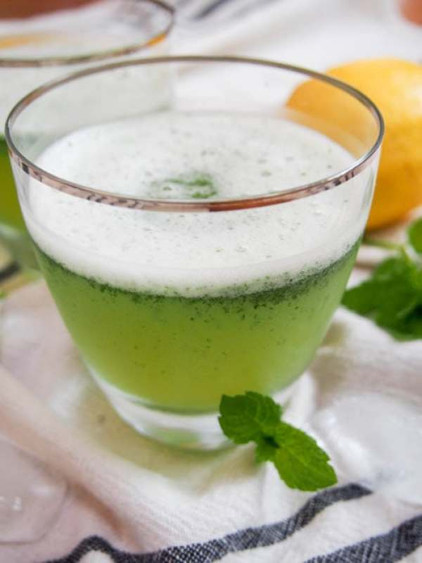 https://cincyshopper.com/strawberry-rhubarb-lemonade-recipe/