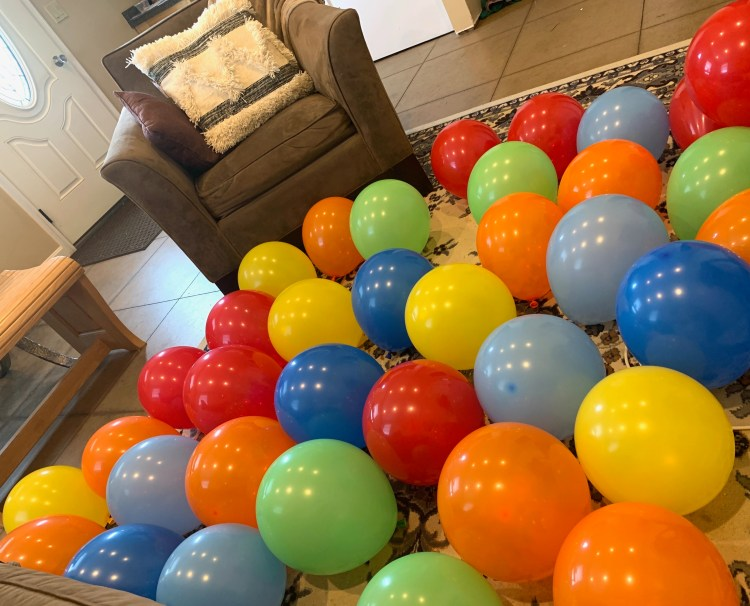 how to make a balloon arch easy