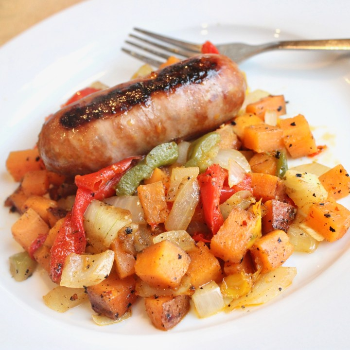 Sweet Potato Hash | Sweet Potato Recipes | Dinner Ideas | Easy Dinner Recipes | Weeknight Dinner Recipes | Six Clever Sisters