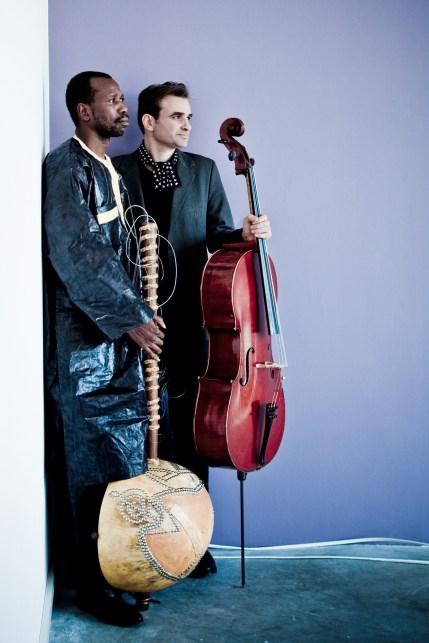 L-R: Ballaké Sissoko & Vincent Segal
