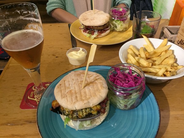 lunchbox-burger