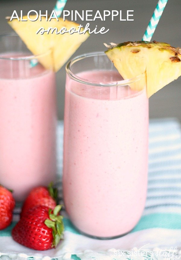 Aloha Pineapple Smoothie from SixSistersStuff.com