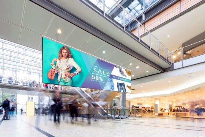 Leyard CarbonLight_Mall medium
