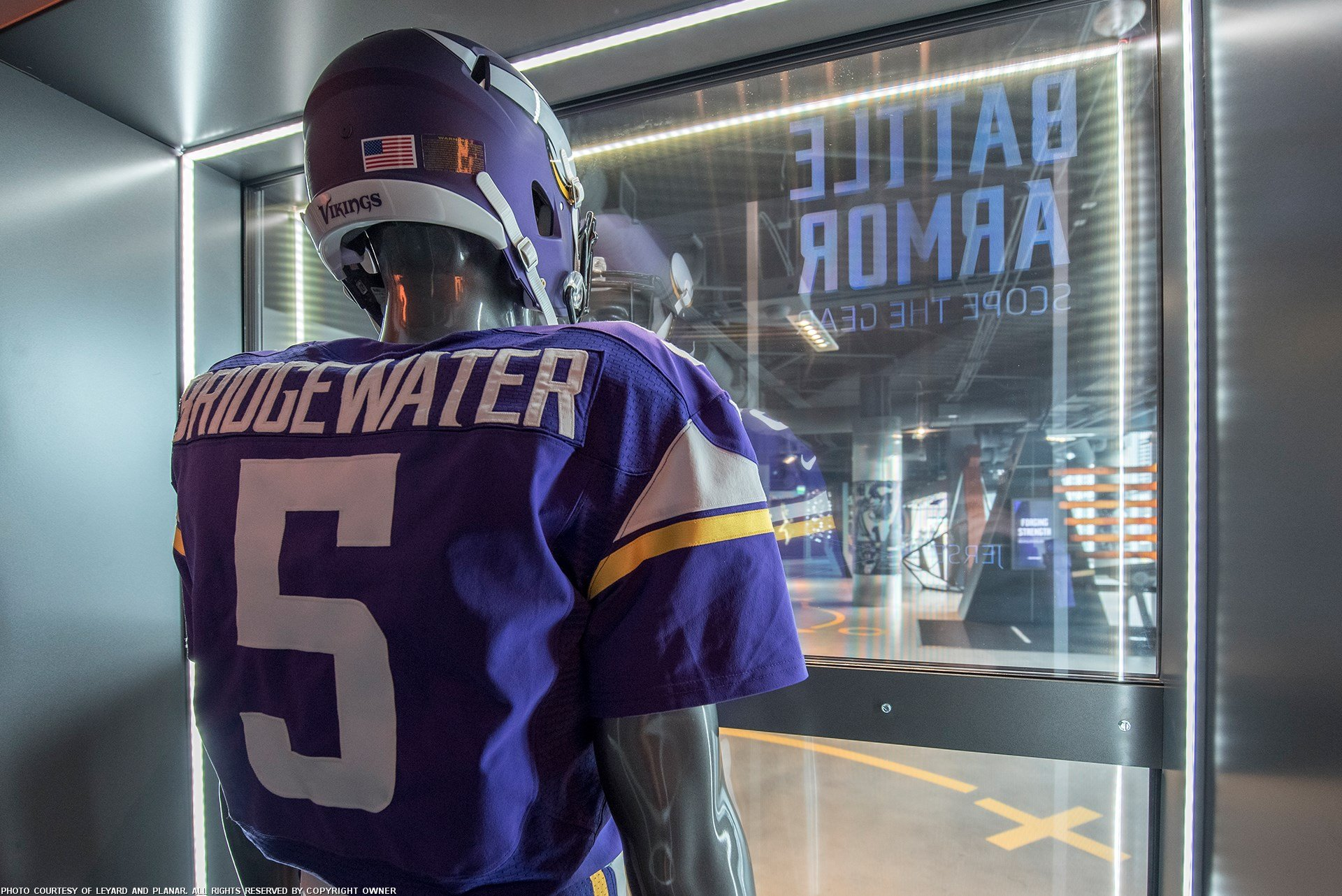 006e50f4 NFL's Vikings Use Transparent OLEDs To Tell History Of Team Uniforms ...