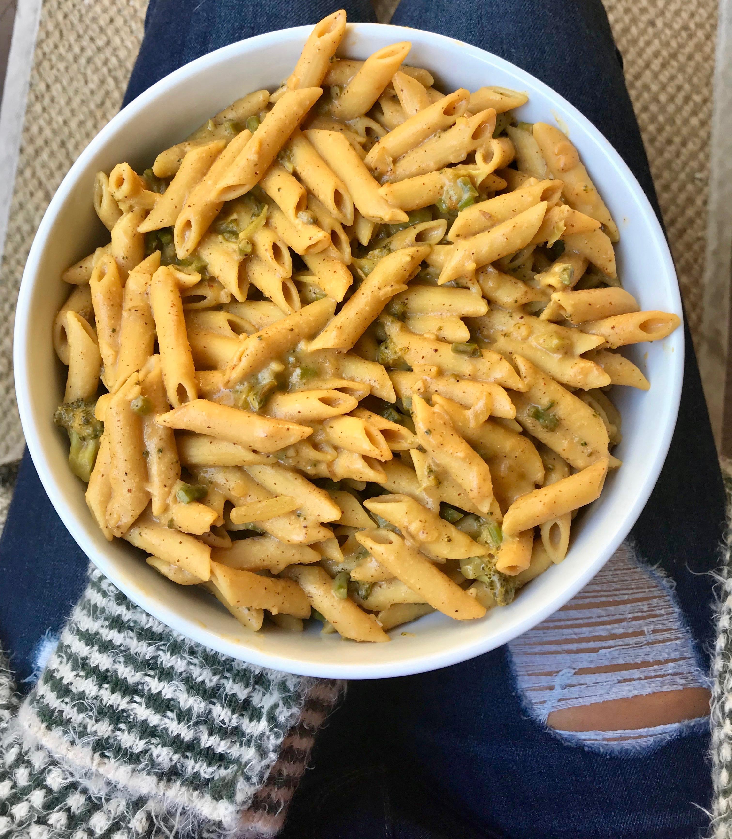 Broccoli Mac & Cheeze