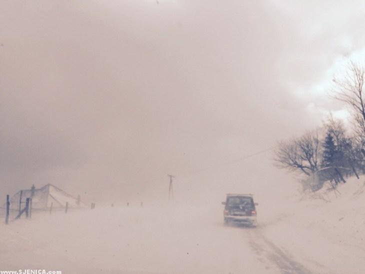 Snezna oluja - Golisjki put Sjenica 10.02.2015