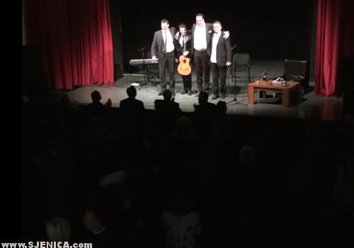 ovacije_na_koncertu_u_sjenici