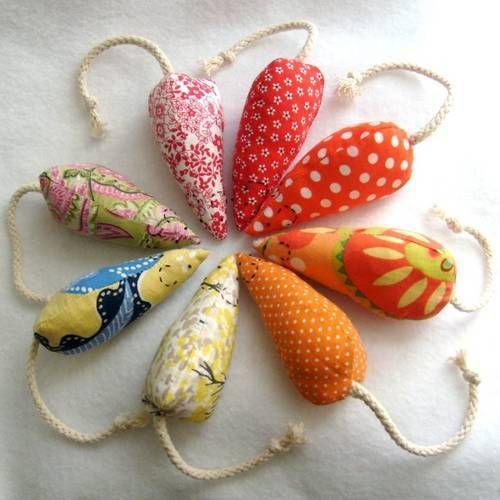 Zelfgemaakte speelmuisjes voor de poes