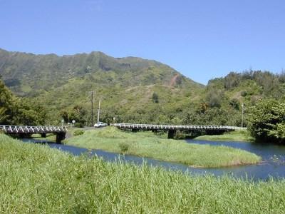 One-way bridge on Kaua'i's north shore.