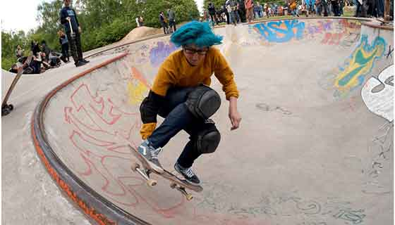 Longboard knee techniques