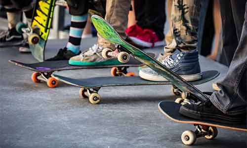 skateboard riding style
