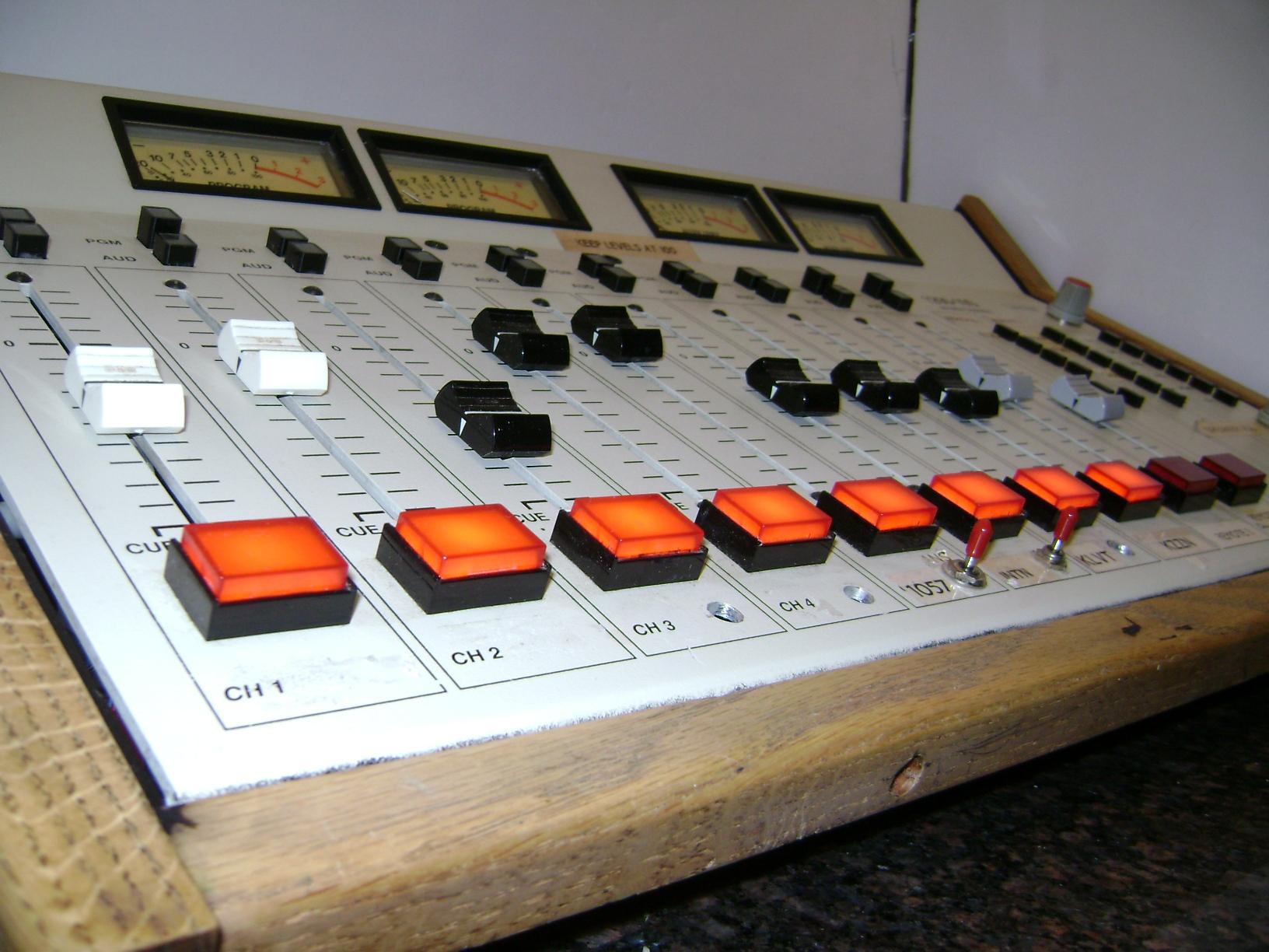 Broadcast Consoles :: Arrakis 1200-10 channel Professional Broadcast On Air Studio Audio Console.Mixer - SKBroadcast. Broadcast equipment.