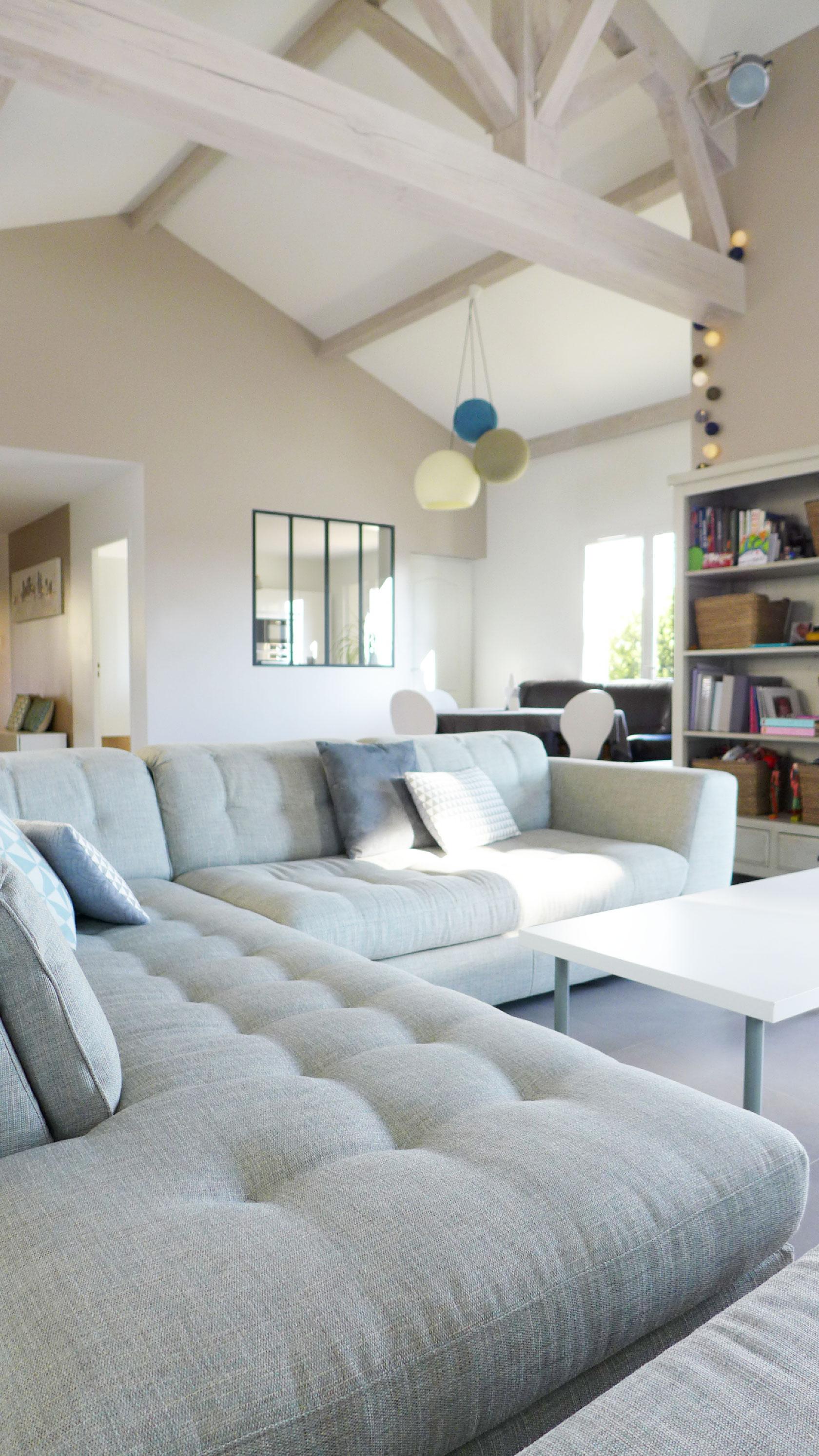 Réalisation Blanc clair de lune. La maison parfaite pour vivre en famille.