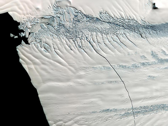 Pine Island Glacier (Image Credit: NASA/GSFC/METI/ERSDAC/JAROS,<br /> and U.S./Japan ASTER Science Team; http://www.nasa.gov/multimedia/imagegallery/image_feature_2165.html)