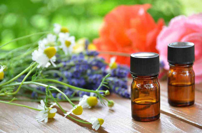 Traditional vs Alternative cancer treatments – which works best?