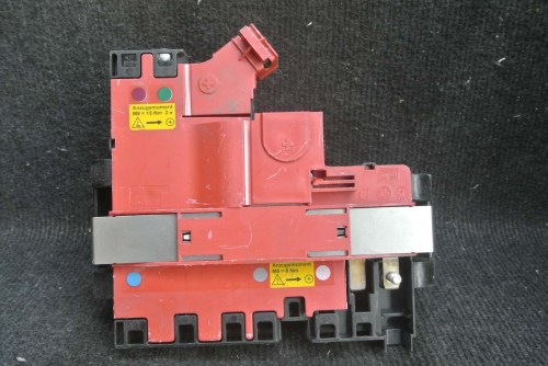 small resolution of bmw 1 series e87 power distribution fuse box 10688710