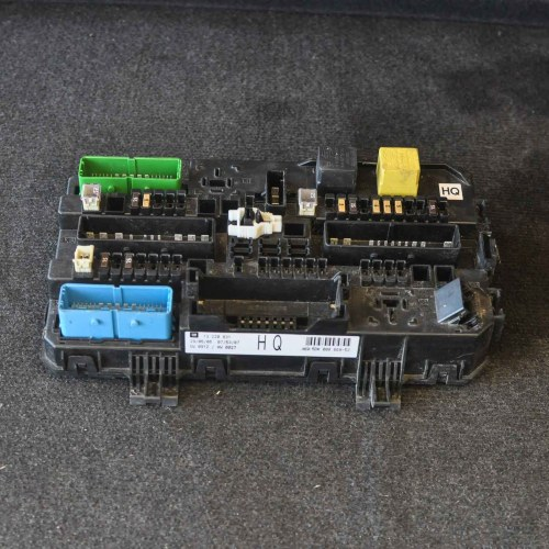 small resolution of opel vauxhall zafira b fuse box 13220831 ebay opel vectra b fuse box opel corsa b