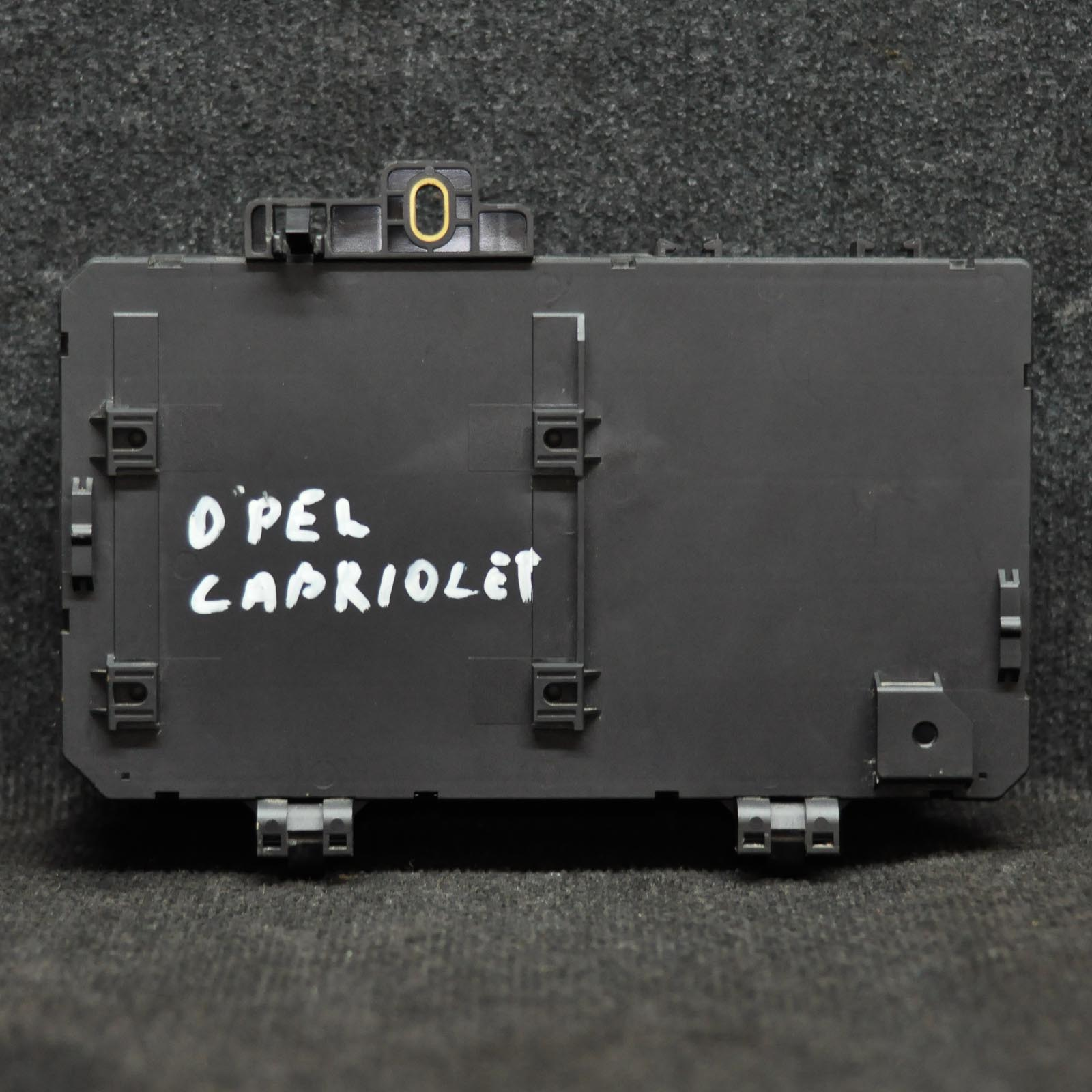 hight resolution of opel vauxhall astra h fuse box 13220830