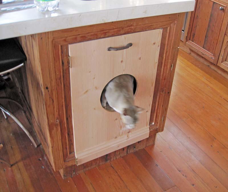 Rick Samish Custom Cabinets in Beach Cottage