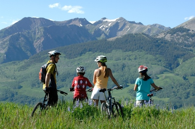 mountain biking at ski resorts