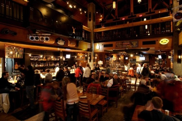 Whistler Blackcomb dining, Dusty's Bar and Grill