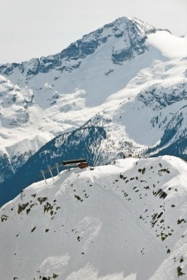 Top of the Symphony Express chairlift. pc: Destination British Columbia