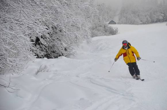 A Sugarloaf skier on Narrow Gauge has plenty of snow to spread out | Photo: Sugarloaf, Dec. 12, 2014