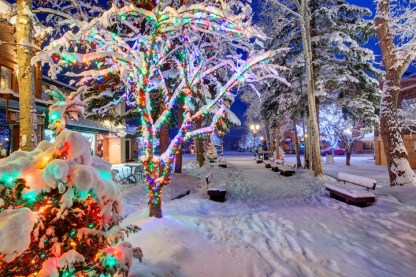 Blanketed in almost one foot of snow, downtown Aspen, Colorado is quite a festivie sight. pc: Jeremy Swanson/Aspen Snowmass