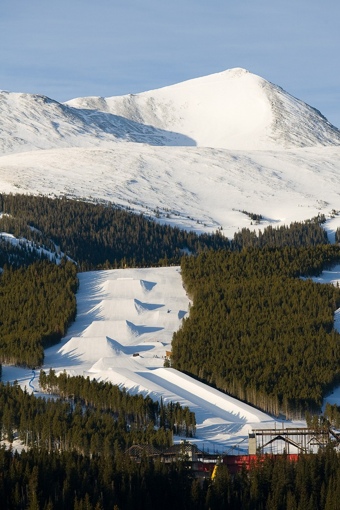 Home to four world- class, Olympian-producing terrain parks and a 22-foot superpipe, Breckenridge is known as Ski Country's capital of park and pipe skiing and snowboarding. | Photo: Aaron Dodds/Breckenridge Ski Resort