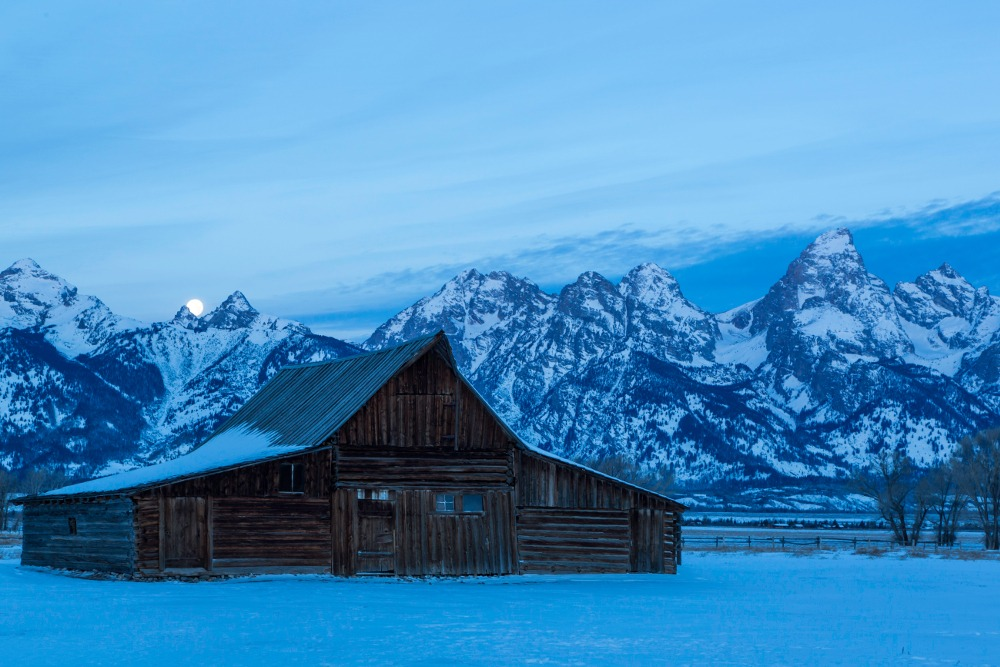 Jackson Hole ski vacation, win Jackson Hole ski trip, first time Jackson Hole, Jackson Hole visitor information, Jackson Hole guide