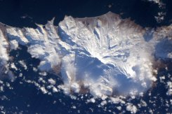 Alaska's snowy Aleutian Islands from space. | Photo: Scott Kelly, NASA