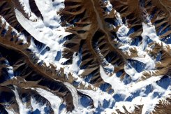 Mountains in East Asia, as seen from space. | Photo: Scott Kelly, NASA
