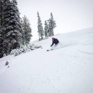 Local skier Julie Weinberger enjoys some October pow turns at Grand Targhee. | Photo: Tana Hoffman/ @tanaihoffman/hiretana.com
