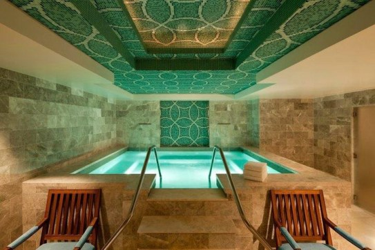 One of the soaking rooms in the Rèmede Spa. | Photo: Rèmede Spa St. Regis Deer Valley