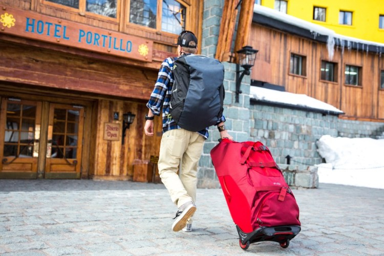 when is best time to ski in chile and argentina, best time for ski trip to Chile, hotel portillo ski trip