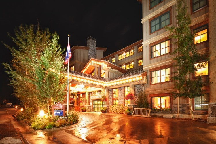 Where to stay in the summer in Teton Village