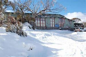 The Coachman Ski Lodge