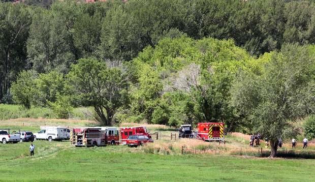 Man dies operating skid steer