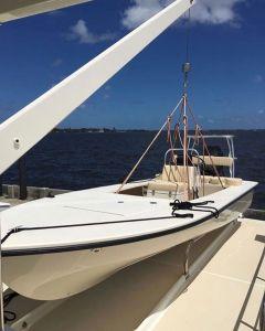 Rad @hellsbayboatworks sitting on the mothership #skiffsonly…
