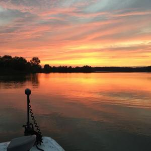 This no slayin musky is getting old… but at least these summer sunsets don't  …