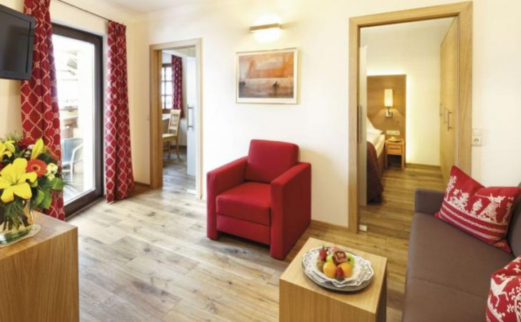Hotel Zum Hirschen Zell Am See Austria Ski Line