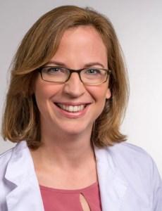 Portrait Dr. Julia Lämmerhirt