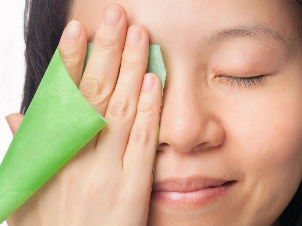 How Should Oily Skin Be Properly Hydrated
