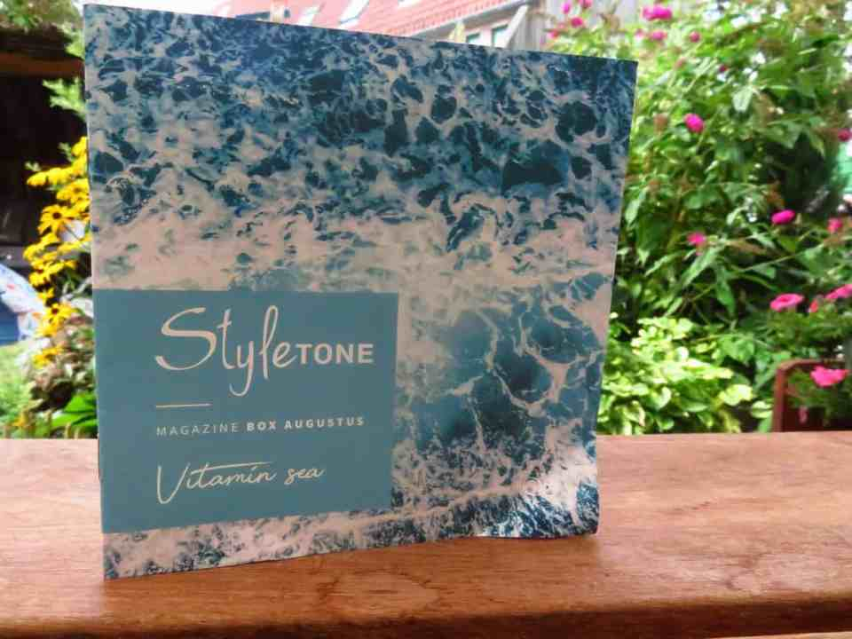 Styletonebox augustus, thema: vitamin sea. Een echte zomerse goodiebox.