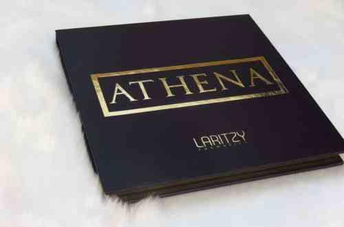 Athena oogschaduwpalette van Laritzy cosmetics