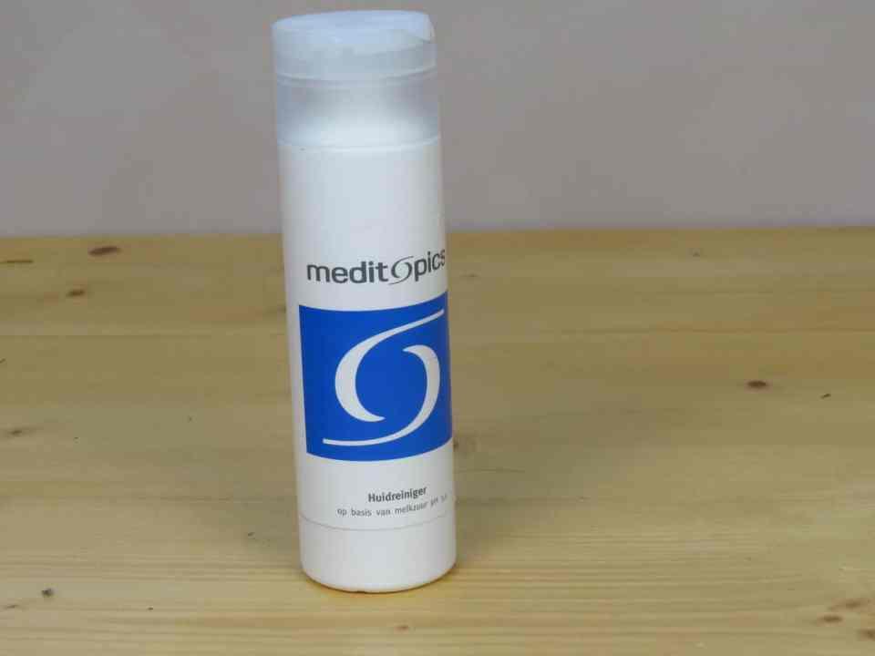 Huidreiniger, meditopics, ph 3.5, ph in balans brengen, acne, acne verminderend, hydraterend, verzachtend, huidverzorging, skincare