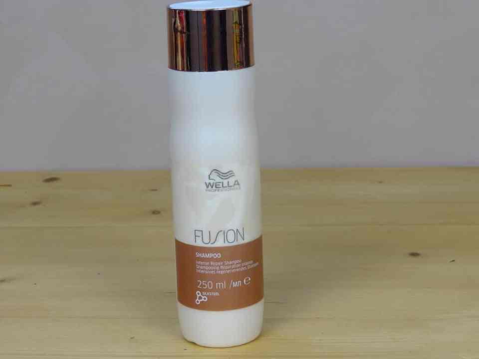 shampoo wella fushion intens repair, vet haar, droog haar, beschadigd haar, verzorgende shampoo