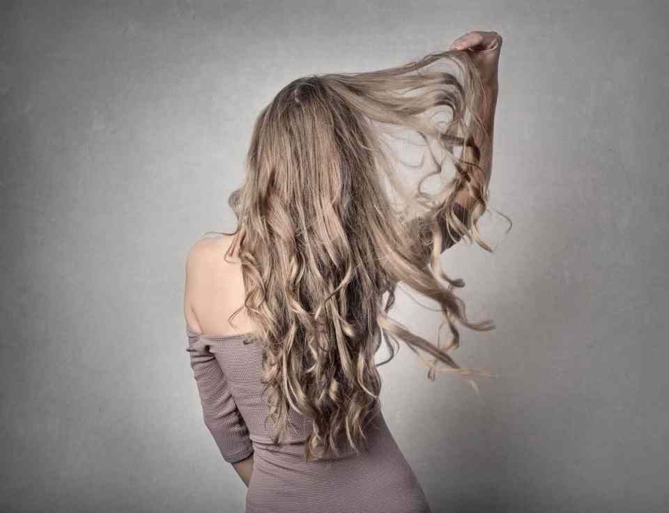 verzorgde frisse haren
